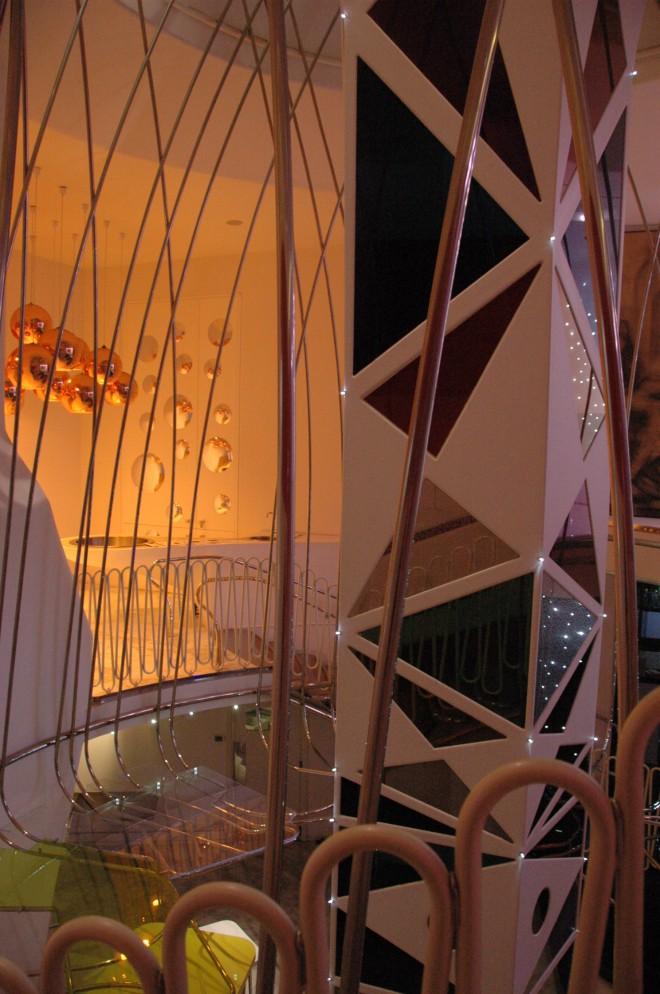 עיצוב החלל המרכזי במלון