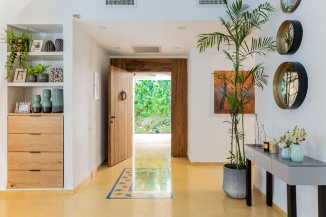 הכניסה לבית, חיבור לטבע ולנוף
